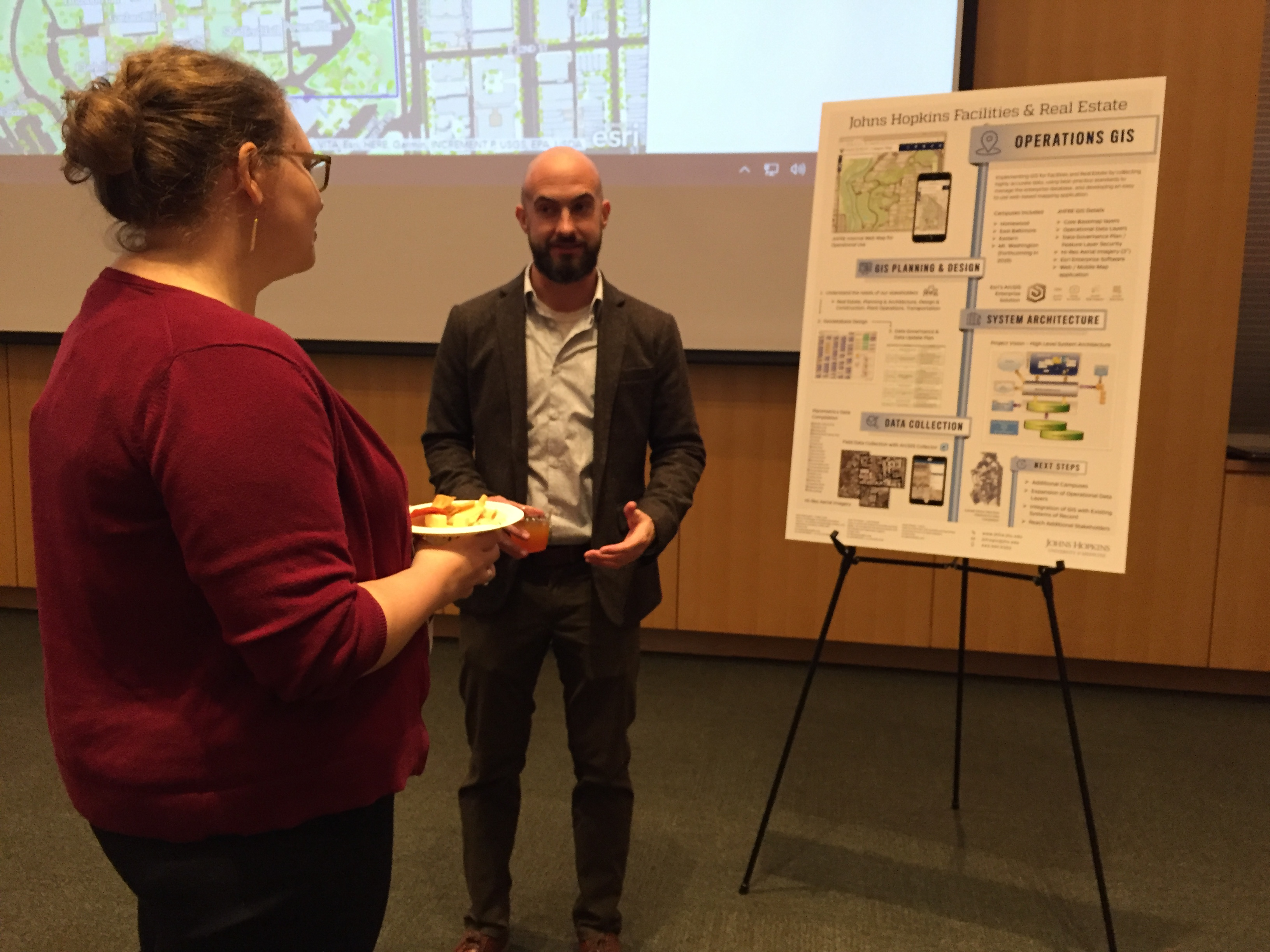 gis-day-explaining-poster