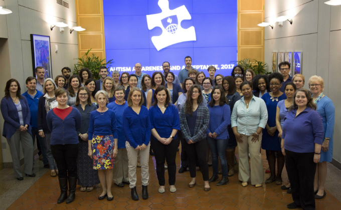 2017 autism awareness and acceptance photo at Johns Hopkins Bloomberg School of Public Health